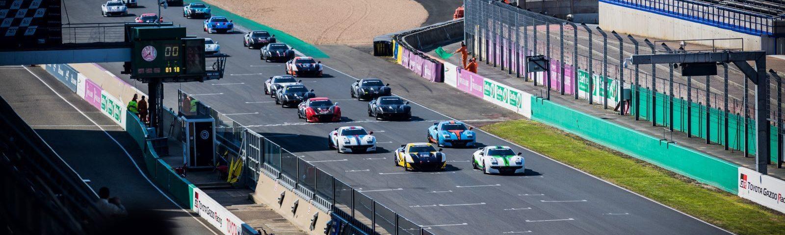 Départ course LE MANS LIGIER JS CUP 2019 - Doublé ZOSH COMPETITION sur le podium de la course